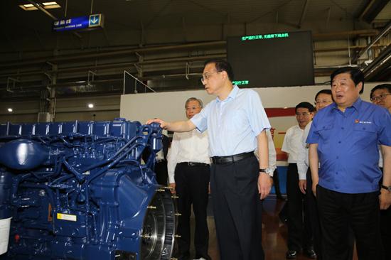 李克强:让潍柴动力、让中国装备的动力奔腾不息