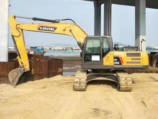 雷沃工程機械再次助力世界級基建工程