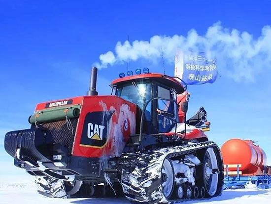 """卡特彼勒""""巨无霸""""助力南极科学考察"""
