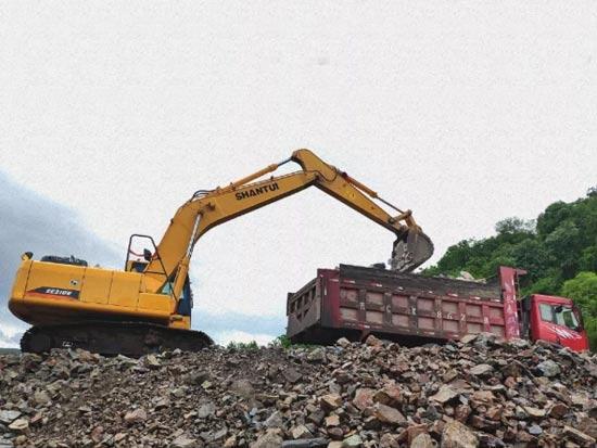 山推挖掘机SE210W  你值得拥有的省油利器