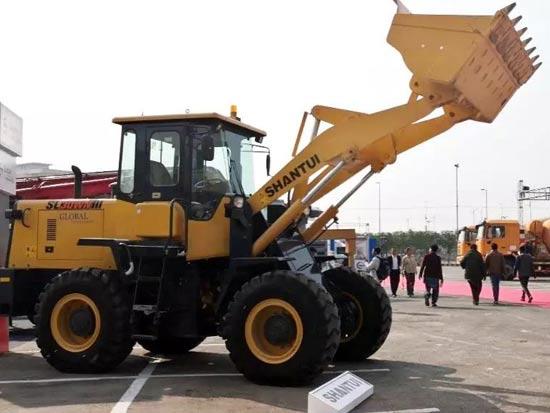 山推多款設備亮相巴基斯坦卡拉奇國際工程機械展