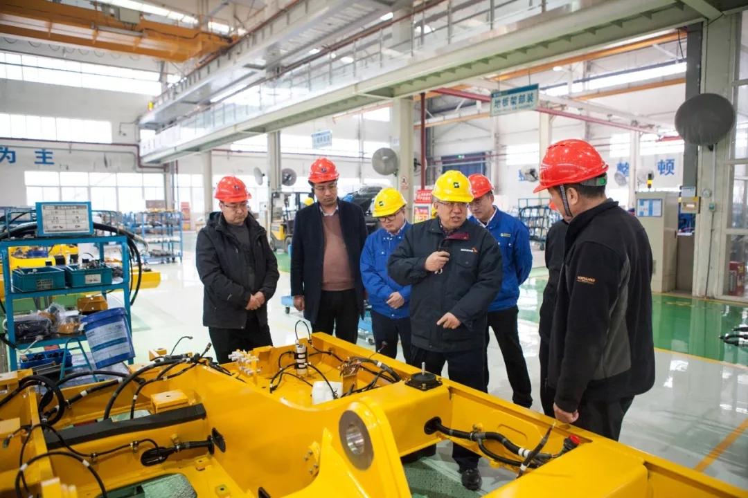 杭州、河南、南寧三家代理商到訪山重建機