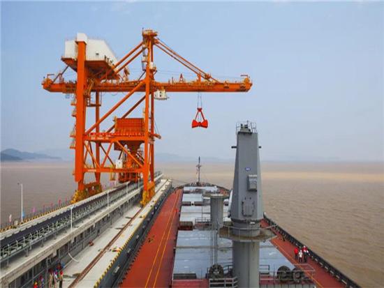 振华重工中标国内卸船机全自动化改造项目