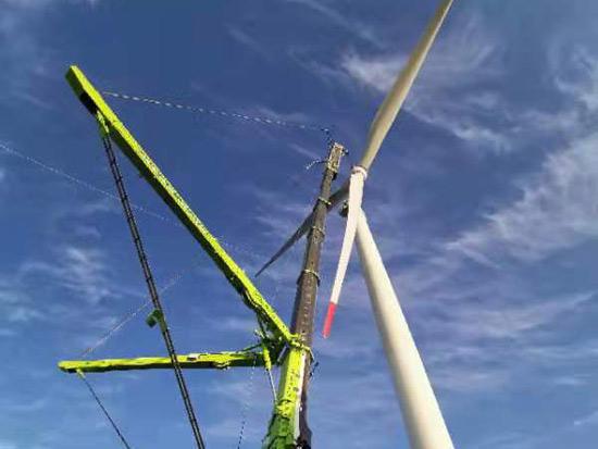 """工程建设按下""""快进键"""" 中联重科起重机精准助力雪峰山风电项目"""