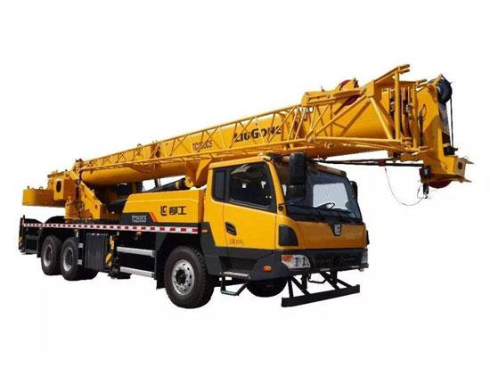 靠颜值更靠实力,柳工TC250C5汽车起重机担当高铁建设主力军
