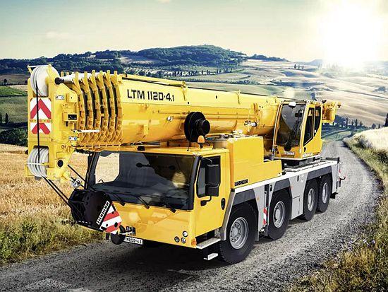 利勃海尔起重能力最强的4桥起重机 新型LTM1120-4.1