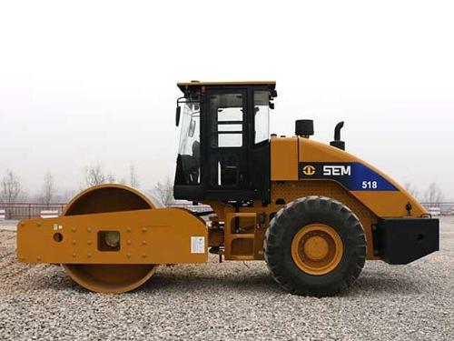 山工SEM518 压路机何以与众不同