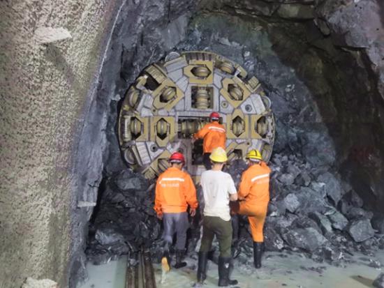 铁建重工华东区域首台TBM顺利完成第一阶段贯通