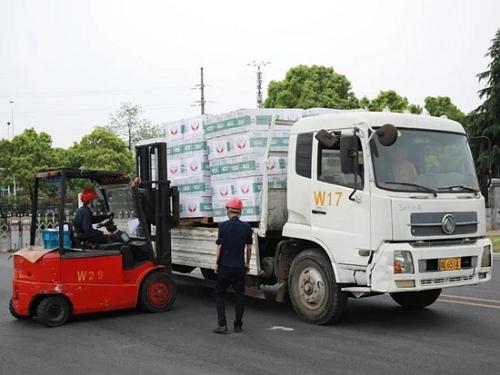 """中国及时雨!60万只""""三一牌""""口罩已捐赠印度政府"""