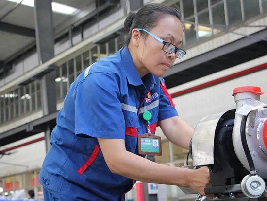 工程机械看两会 | 玉柴股份许燕妮:经济下行期应加大对制造企业的税费支持力度
