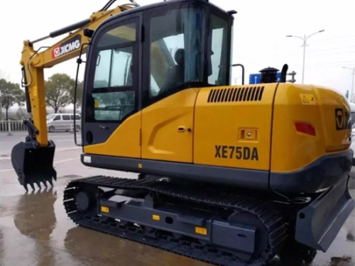 徐工XE75DA挖掘机:来来来,它来喽!