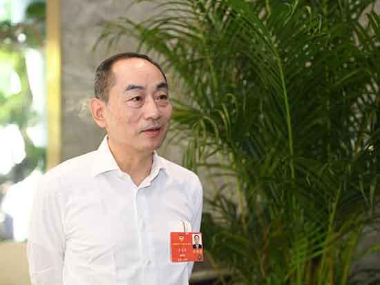 詹纯新委员:新基建赋能中国经济、赋能企业向高端化发展