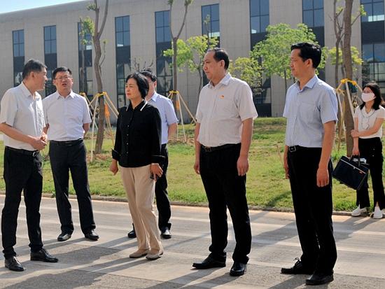 河南省人才工作重点任务督查调研组视察高远
