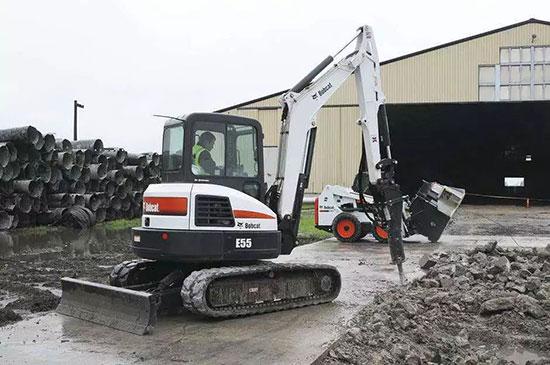 山猫E55小型挖掘机产品介绍