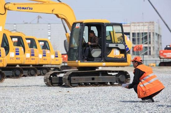 小松PC220-7挖掘机故障案例解析!