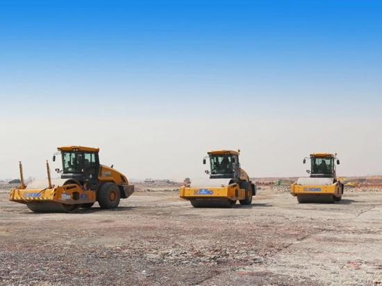 亚洲首个货运机场!徐工8台大吨位压路机组团助力鄂州机场建设!