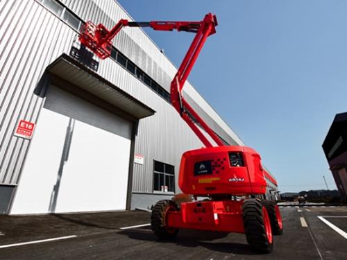 临工重机A14J曲臂高空作业平台打动客户的6大理由