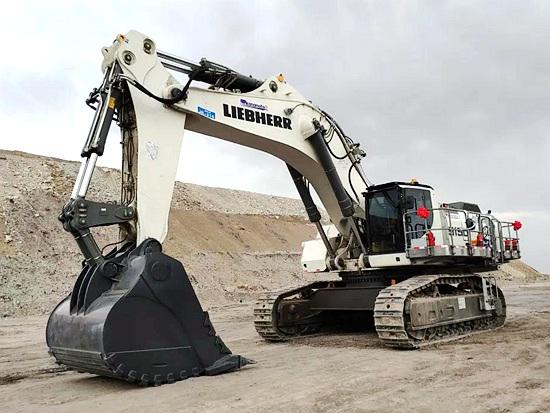 利勃海尔成功向新疆大型煤矿交付R 9150B反铲矿用液压挖掘机