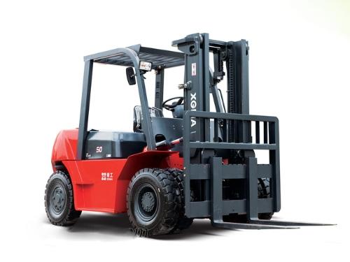 厦工XG560-DT5B内燃平衡重式叉车有哪些特点