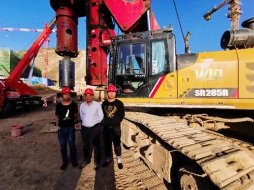 47米!三一SR285RW10旋挖自下自拨长护筒助力西部开发
