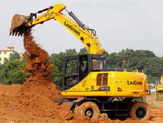 颜值高、维护便利:柳工W915E轮式挖掘机