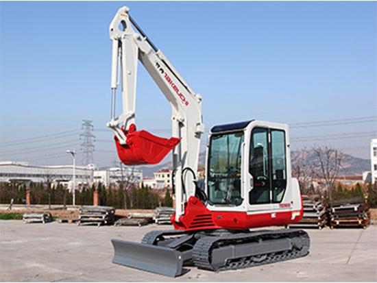 微挖界占有一席之地:竹内TB260C小型挖掘机