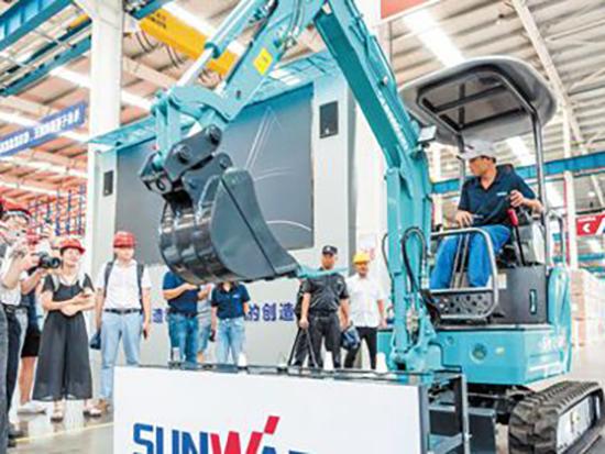 工程机械湘军拥抱数字化新外贸