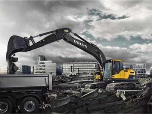 超高性价比:沃尔沃EC220DL挖掘机