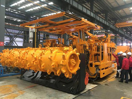 铁建重工掘锚机打破常规,煤矿掘进大不同