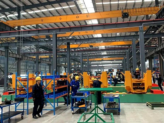 晋工机械上半年产值和销售收入比增31.5%,产品远销30多国