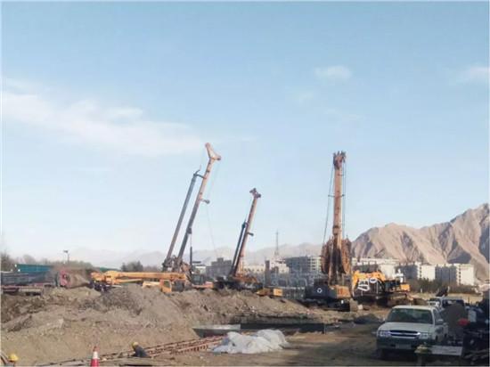 再上高原,徐工旋挖钻机助力拉萨工程建设