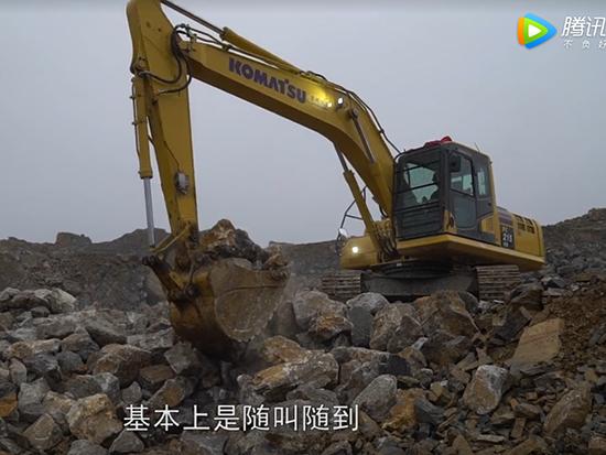 小松PC215-10M0挖掘机
