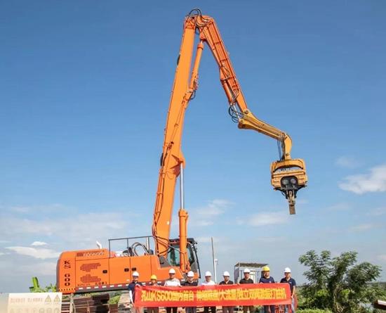搭载FPT C13发动机,孔山KS600新款高效液压打桩机上市!