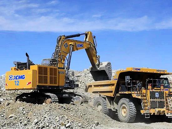 风头无俩!这个矿区,引700台徐工矿用装备扎根