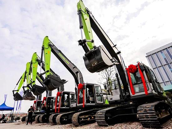 开工!开工!开工!中联重科挖掘机成为多地重大工程建设首选!