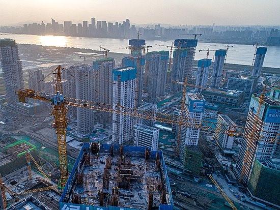 虎霸塔机助力2022年杭州亚运村建设