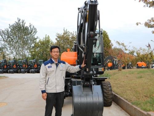 《铁腕儿》斗山中国罗成根常务:轮转新征程 智造向未来