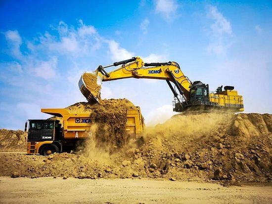 "bauma CHINA 2020   百吨级矿用挖掘机中的""战斗机"""