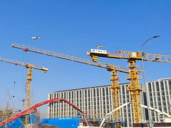 徐工塔机助力中建三局5G远程智能控制塔机首吊成功!