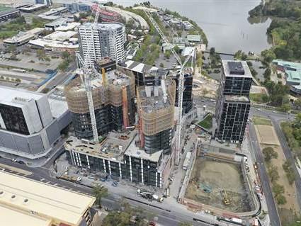 Jaso悬臂塔式起重机参与建造澳大利亚堪培拉建设
