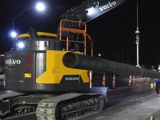 沃尔沃建筑设备推出用于14吨挖掘机的旋转铺管机转换套件