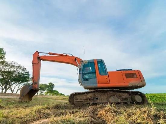 挖掘机也需要爱护,这个保养老司机都没想到!