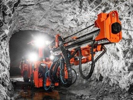 山特维克推出新型DD212钻机