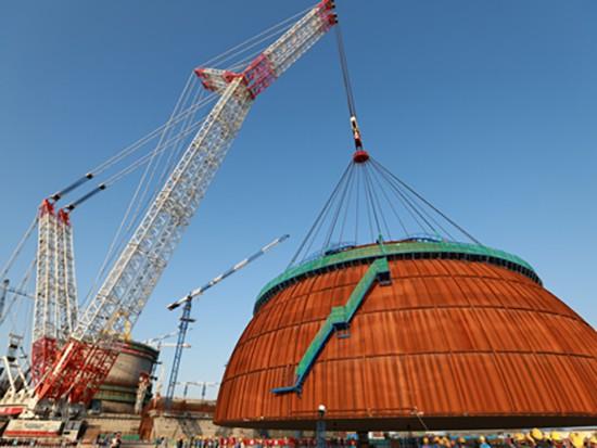 """""""华龙一号""""机组穹顶吊装圆满完成?中联重科3200吨履带起重机再现经典一吊?"""