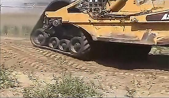 可能一辈子都没见过的工程机怪物——履带铲运机