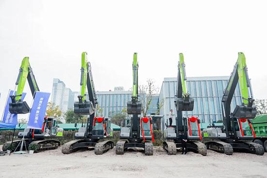 中联重科挖掘机成为多地重大工程建设首选!
