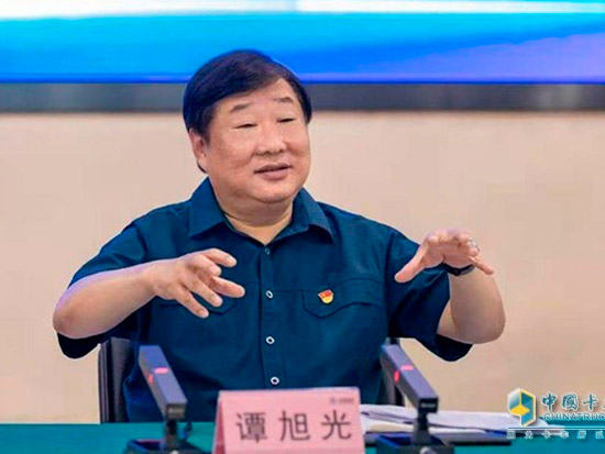 扛鼎者谭旭光 打造全球第一重卡制造商