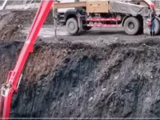 女司机开38米泵车挑战极限工况!服气!