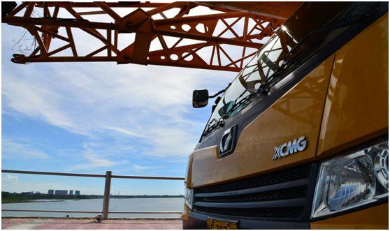 海南自由贸易港百亿项目新开工!徐工起重机群抢先进岛