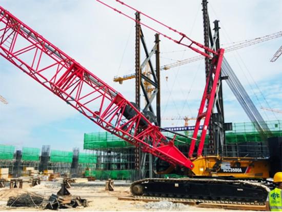 大显身手!三一主吊全球单体面积最大的高科技电子厂房